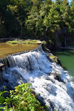 Waterloo Falls, Cookeville, Tennessee Tennessee State Parks, Tennessee Vacation, Oh The Places You'll Go, Cool Places To Visit, Places To Travel, Tennessee Waterfalls, Beautiful Waterfalls, Adventure Is Out There, Nature Pictures