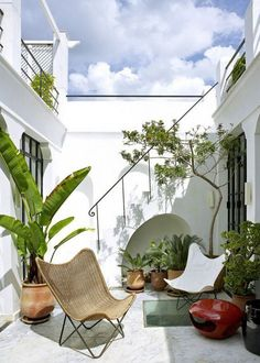 multilevel patio space