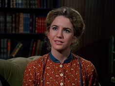 Melissa Gilbert in Little House on the Prairie Melissa Gilbert, Michael Landon, Laura Ingalls Wilder, Photo Memories, Beauty Tutorials, Classic Tv, Movies And Tv Shows, Bridal Dresses, Cool Style