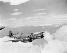 AIRCRAFT OF THE ROYAL AIR FORCE 1939-1945:BRISTOL TYPE 156 BEAUFIGHTER. Bristol Beaufighter, Air Force Aircraft, Ww2 Planes, Royal Air Force, Military Aircraft, Wwii, Fighter Jets, Aviation, British