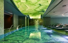 Wellnessoase auf Madeira: von der Natur inspiriert - The Chill Report Funchal, Top Hotels, Hotels And Resorts, Himalayan Salt Room, Hotel Airbnb, Das Hotel, Hotel Spa, Leading Hotels, Relaxation Room