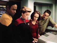 Tuvok, Captain Janeway, B'Elanna Torres and Chakotay - Maneuvers Star Trek Enterprise, Star Trek Voyager, Reboot Movie, Robert Beltran, Whiskey Lullaby, Happy Fishing, Prime Directive, Captain Janeway, C Videos