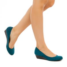 Marcie - ShoeDazzle - This stacked heel is the perfect shoe for that summer to fall transition.