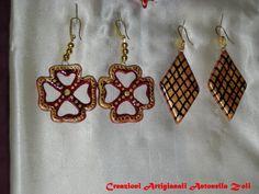 orecchini di ceramica fatti e decorati a mano