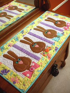 Bow Tie Bunnies PDF Easter Table Runner by cleoandmepatterns Table Runner And Placemats, Table Runner Pattern, Quilted Table Runners, Easter Projects, Easter Crafts, Bunny Crafts, Easter Decor, Small Quilts, Mini Quilts