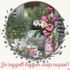 Virágos kerek Snow Globes, Decorative Plates, Flowers, Facebook, Hapy Day, Royal Icing Flowers, Flower, Florals, Floral