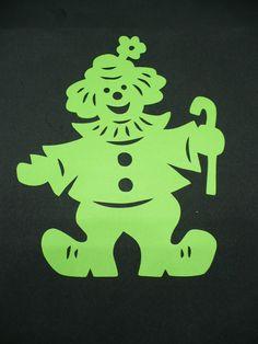 +++CM Fensterbild, filigraner Clown, grün, Tonkarton, NEU+++ - EUR 1,89. Fensterbild filigraner Clown Höhe ca. 19,5 cm Breite ca. 15 cm Viel Spass und Erfolg beim Bieten! Schaut doch mal in meiner CreaM Oase vorbei, hilft Porto sparen! Sammeln bis 7 Tage möglich. Bitte nach Auktionsende eine kurze Info-Mail. 112733382682