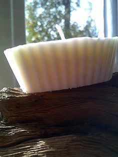 How to make soy candles.Step by step guide on using essential oils in soy candle-making.