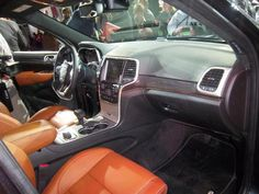 2014 Jeep Grand Cherokee Interior | Picture: Other - 2014-Jeep-Grand-Cherokee-Interior-03.JPG