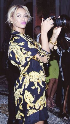 Beyonce at the 2014 New Years Eve Party at the Versace Mansion in Miami