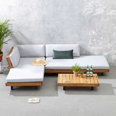 whkmp's own loungeset Luciana Indoor Outdoor Furniture, Deck Furniture, Home Decor Furniture, Pallet Furniture, Furniture Design, Outdoor Sofa, Living Room Sofa, Living Room Decor, Sofa Lounge