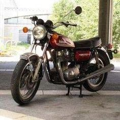 In 1968 Yamaha Motor Company made the XS 650 Motorcycle. This Motorcycle is mid-size with one of the most advanced engines in its class.    The engine and gearbox are unit construction with the crankcase split horizontally, which makes for easy assembly. All contemporaries in its class in 1968 were either unit construction, which had a vertical-split crankcase, or pre-unit construction with separate engine and gearbox.