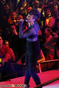La música country y el soul frente al sabor español de Alejandro Sanz. #AliciaKeys #Grandesypeques  http://www.grandesypeques.com/index.php/actualidad-gp/noticias/item/246-la-m%C3%BAsica-country-y-el-soul-frente-al-sabor-espa%C3%B1ol-de-alejandro-sanz