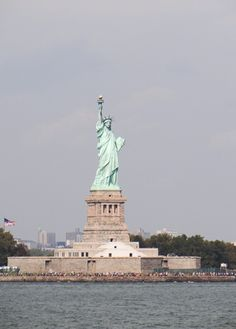 Staten Island Ferry – a free boat ride in NYC | Travel Cook Tell