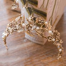 Manwii Baroque Tiaras and Crowns for Women Gold Flower Pearl Wedding Bridal Headpieces Wedding Hair Accessories AQ2045 (China (Mainland))