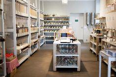 A Case for Packaging-Free Design: Original Unverpackt, Berlin's Zero-Waste Grocery Store Bulk Store, Eco Store, Zero Waste Grocery Store, Berlin Food, Berlin Berlin, Berlin Brandenburg, Country House Plans, Shop Interior Design, Stores