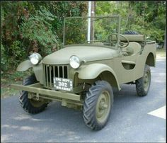 bantam-prototype the granddaddy of them all. The original jeep Vintage Jeep, Vintage Trucks, Old Jeep, Jeep Cj, Jeep Truck, Army Vehicles, Jeep Vehicles, Military Jeep, Willys Mb
