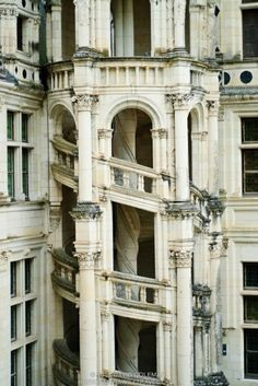 An outside view of the famous Helix staircase at the Chateau de Chambord in the Loire Valley, a castle dating back to the century. I was there recently with the French tourist board and then we had a Medieval Dinner at the Chateau! Beautiful Architecture, Beautiful Buildings, Art And Architecture, Architecture Details, Beautiful Stairs, Renaissance Architecture, Casa Casuarina, Beautiful World, Beautiful Places