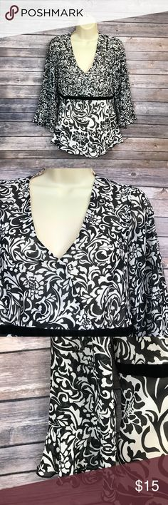 🔶Size 10 Nine & Co by Nine West top Elegant top has a layer of black and white semi-sheer material layered over an opaque layer.  Feminine flowing arms and tailored in towards the waist for a flattering fit.  wrap style neckline. Nine West Tops