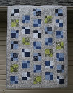 crazy mom quilts: one way to machine bind a quilt