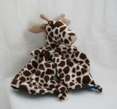 Giraffe Lovey Blanket Sewing Pattern - gotta have this......great baby shower gifts. Something different!