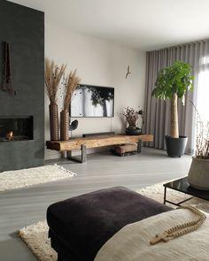 Living Room Grey, Living Room Decor, Bungalow Renovation, New Home Designs, Living Room Designs, New Homes, Geometric Shelves, House Design, Decoration