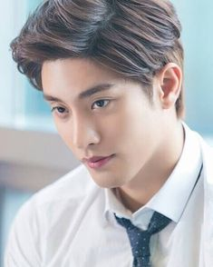 Oppa Supremo Number Four Sung Hoon Korean Male Actors, Handsome Korean Actors, Actors Male, Cute Actors, Asian Actors, Korean Idols, Handsome Guys, Hot Korean Guys, Cute Korean Boys