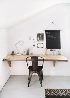DIY Live Edge Wood Desk @themerrythought #officefurnituredeskwood