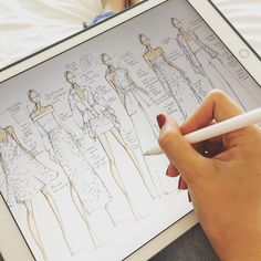 Instagram 上的 @_bdesignstudio:「 Lazy Sunday morning sketching from my bed 😉 #ipadpro #procreate #sketckbook #sketching #sketch #draw #drawing #desenho #croquis #fashionart… 」