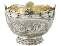 'Monteith Bowl in Sterling Silver - Victorian'