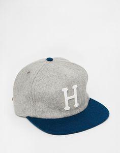 HUF Wool Classic Strapback Cap Strapback Cap b8ff5ae4ccf