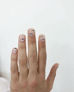 Cute Nails, Pretty Nails, Kendall Jenner Nails, Mens Nails, Self Nail, Cherry Nails, Lines On Nails, Clean Nails, Crystal Nails
