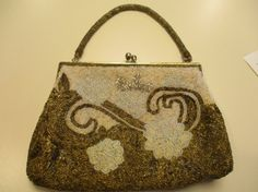 Vintage Purse beaded 1950's handbeaded gold bronze pearl