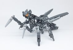 LEGO mecha mantis looks meaner than the real thing