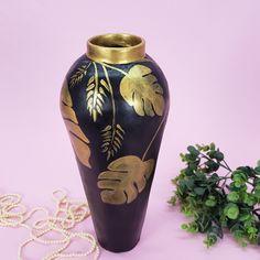 Diy Crafts For Home Decor, Diy Crafts Hacks, Diy Crafts For Gifts, Diy Arts And Crafts, Plastic Bottle Crafts, Diy Bottle, Bottle Art, Vase Crafts, Cement Crafts
