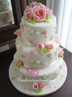 Lovely Tiered Cake with Pink Roses