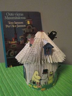 The Moomins are cool! Coming from Finland. This structure I developed by myself. Book Folding, Old Books, Altered Books, Finland, Book Art, Classroom, Cool Stuff, Paper, Projects