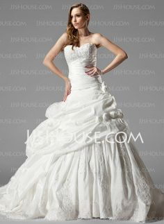 Wedding Dresses - $326.99 - Ball-Gown Sweetheart Chapel Train Taffeta Wedding Dress With Ruffle Lace Flower(s) (002000461) http://jjshouse.com/Ball-Gown-Sweetheart-Chapel-Train-Taffeta-Wedding-Dress-With-Ruffle-Lace-Flower-S-002000461-g461