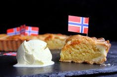 A norwegian classic cake, Fyrstekake. A flaky pastry filled with and almond dough, easy and delicious (Spanish with translator) Norwegian Christmas, Scandinavian Food, Flaky Pastry, Classic Cake, Almond Cakes, International Recipes, Favorite Recipes, Sweets, Baking
