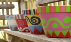 Find your perfect painting idea for terracotta pots and other art! Terracotta pots and other items are so fun to paint! It's a great activity.and makes those plain pots really pop Painted Clay Pots, Painted Flower Pots, Clay Flower Pots, Cactus Flower, Pottery Painting, Diy Painting, Garden Crafts, Garden Art, Flower Pot Design