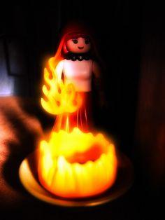 die rote Priesterin aus Game of Thrones. Playmobil
