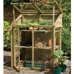 Self-contained Mini Greenhouse