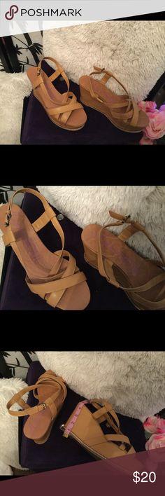 👑👑 Beautiful brown Wedges 👑👑👡👡 Tan wedges Shoes Wedges