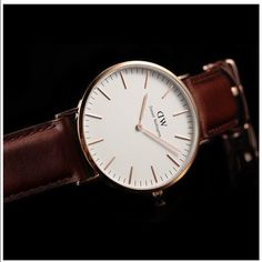 Daniel Wellington watch Brand new inspired Daniel Wellington watch , this is unisex for woman and man . Water resistant , 40mm diameter . Gold face , brown straps . Please dont lowball me this is for a great price , and is it comoletely new , quality guarantized . Fast shipping . Serios buyers only and no trades Daniel Wellington Accessories Watches