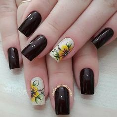 40 - Nail art designs in different colors for you - 1 If you want to make a difference, we offer you nail designs. These nail designs will show you di. Cute Nails, Pretty Nails, Nail Art Designs, Sunflower Nails, Short Square Nails, Hair And Nails, My Nails, Flower Nail Art, Dream Nails