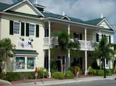 Key West Butterfly & Nature Conservatory (General Admission $12.00/Children 4-12 years $8.50)