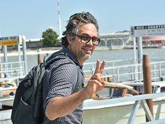 We're beyond obsessed with Mark Ruffalo's salt 'n' pepper tresses, not to mention his funky square specs!