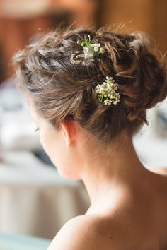 Helen Sutcliffe Hair - Bridal Hairstylist using wax flower & feathers