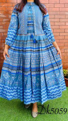 Party Wear Indian Dresses, Pakistani Fashion Party Wear, Indian Fashion Dresses, Indian Designer Outfits, Designer Dresses, Fashion Outfits, Fancy Dress Design, Stylish Dress Designs, Frock Design