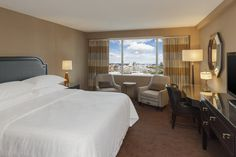 The summit will be hosted at the beautiful Sheraton Inner Harbor. Book your rooms today at a great discounted rate and come in a day or 2 early to enjoy Preakness Stakes!